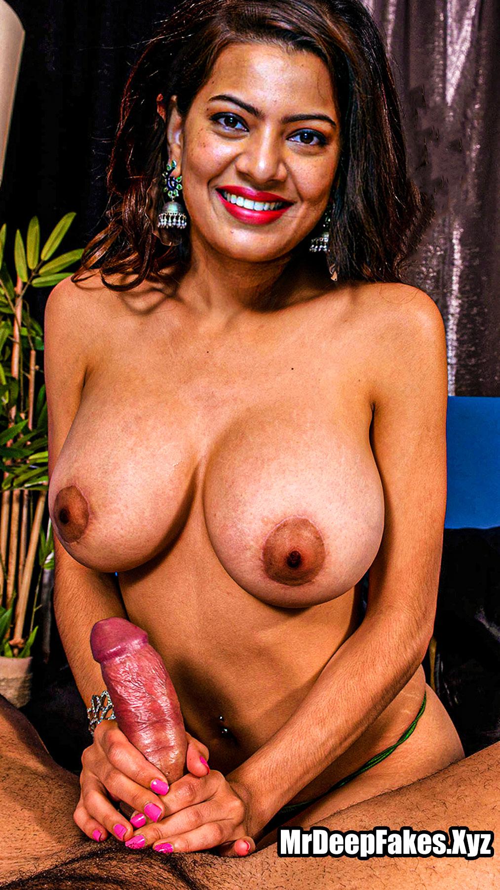 Big Boobs Singer Geetha Madhuri handjob fakes topless pic