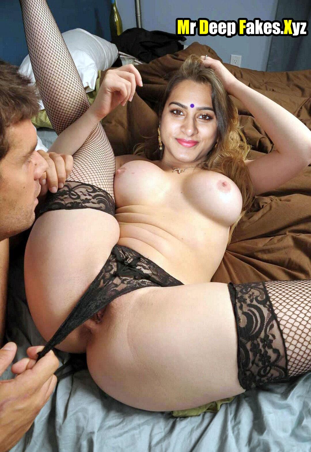 Big boobs milf Surekha Vani naked fat ass shaved pussy mom sex