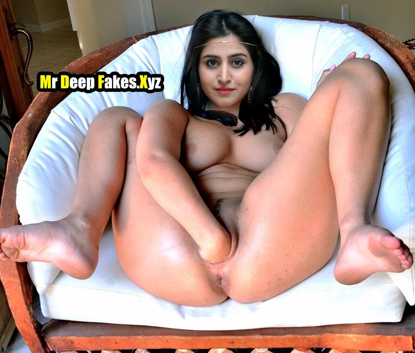 Varshini Sounderajan inserting hand inside pussy hole image